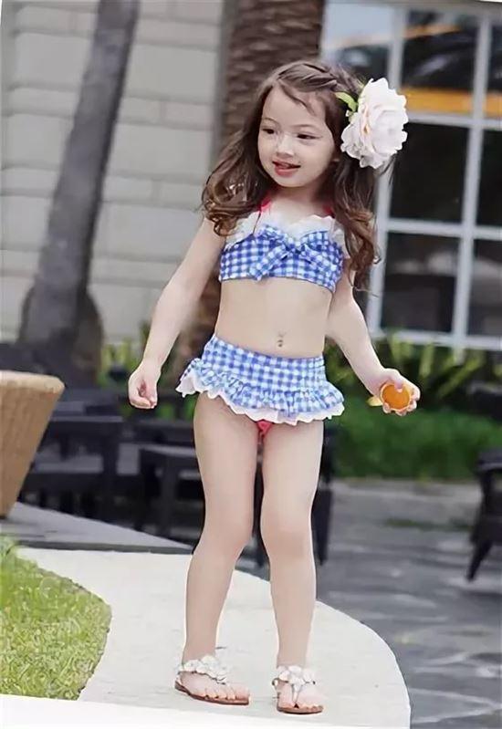 Маленькие Голые Девочки Без Трусов Картинки