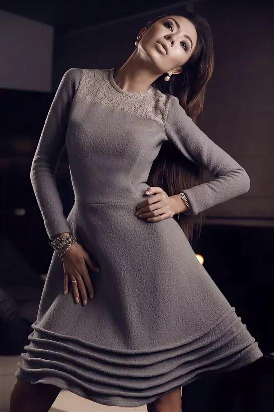 Фото моделей в шерстяных платьях