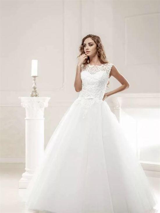 свадебные платья на маленький рост картинки позе домиком