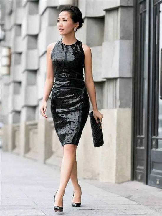плетением локонами черное платье с туфлями картинки технологии производства строительства
